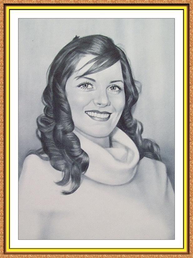 """портрет черно-белый по фото в технике""""сухая кисть""""(девушка,свитер)"""